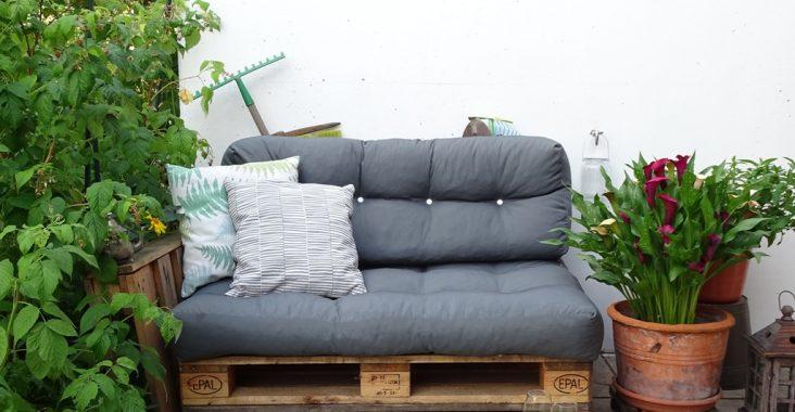 Palettensofa für den Garten