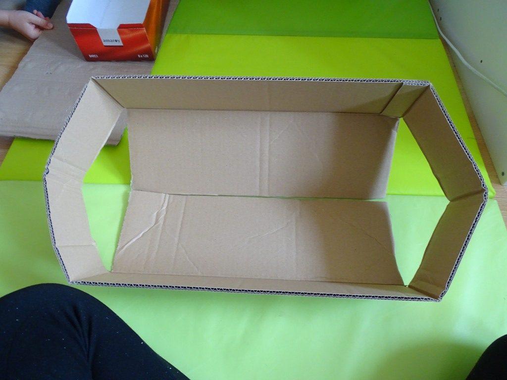 Schiff selber basteln Karton-Upcycling