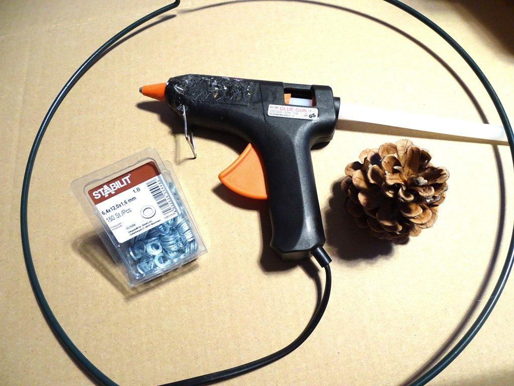 Basteln mit Bockerl, DIY-Ideen mit Kiefernzapfen, Bockerl und Naturmaterial