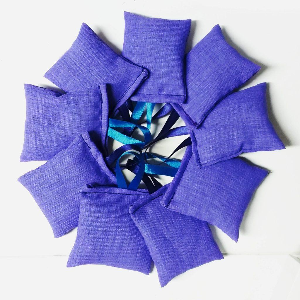 Lavendelsäckchen nähen: Ideen für den Muttertag zum Basteln mit Kindern