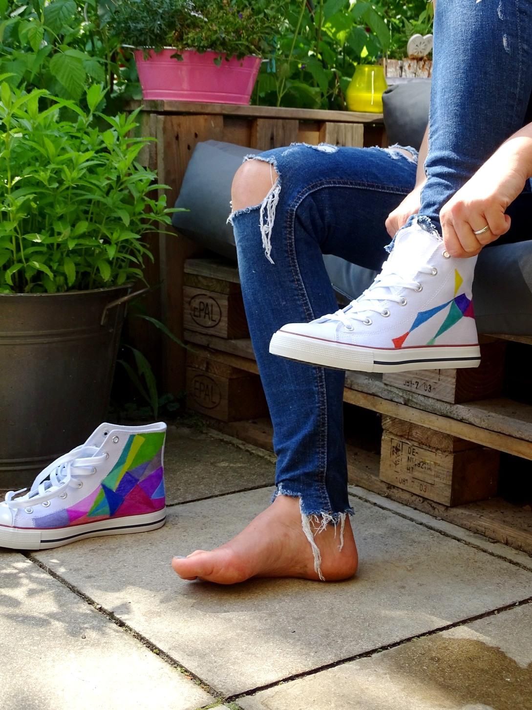 Fanmoment: Wie Du Dir Schuhe Deiner Lieblingsband selber machst