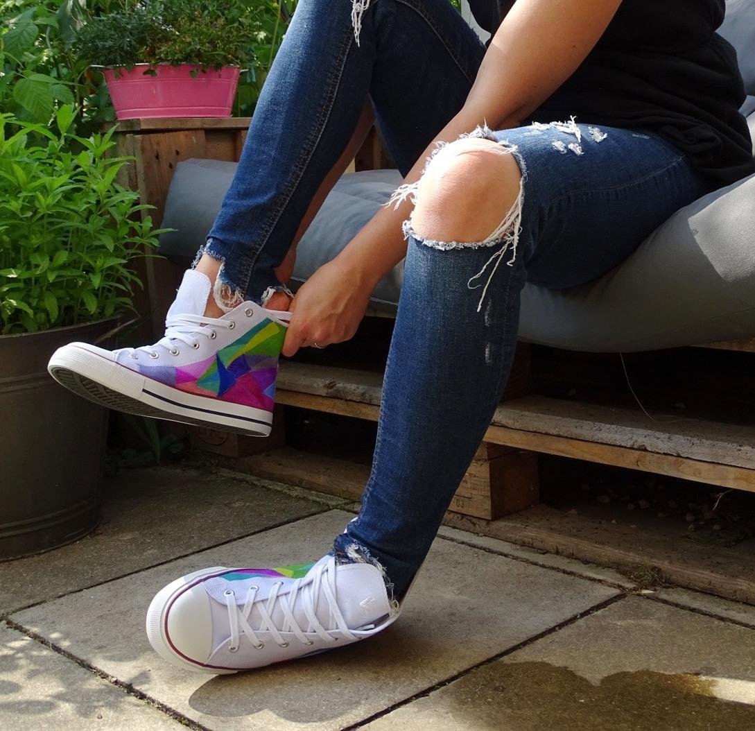 Bemalte Schuhe: So individuell bekommst Du es nirgendwo