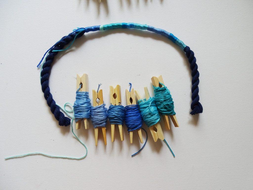 Basteln und DIY mit Garn und Kordel: So machst Du einen Schlüsselanhänger