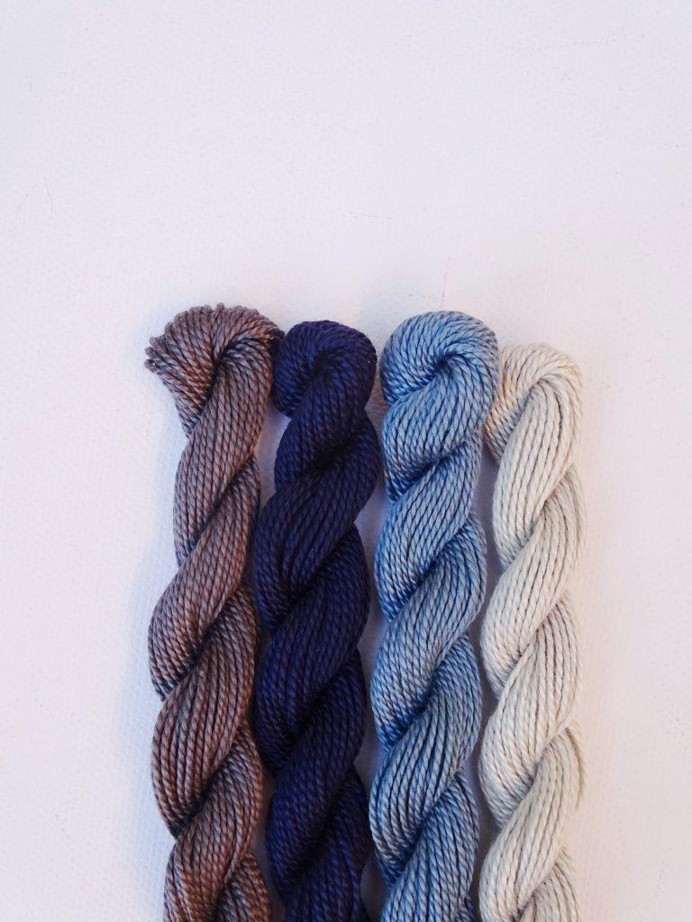 Herbstliche Farbkombination mit Grau, Navi, Hellblau, Blassblau-Grau