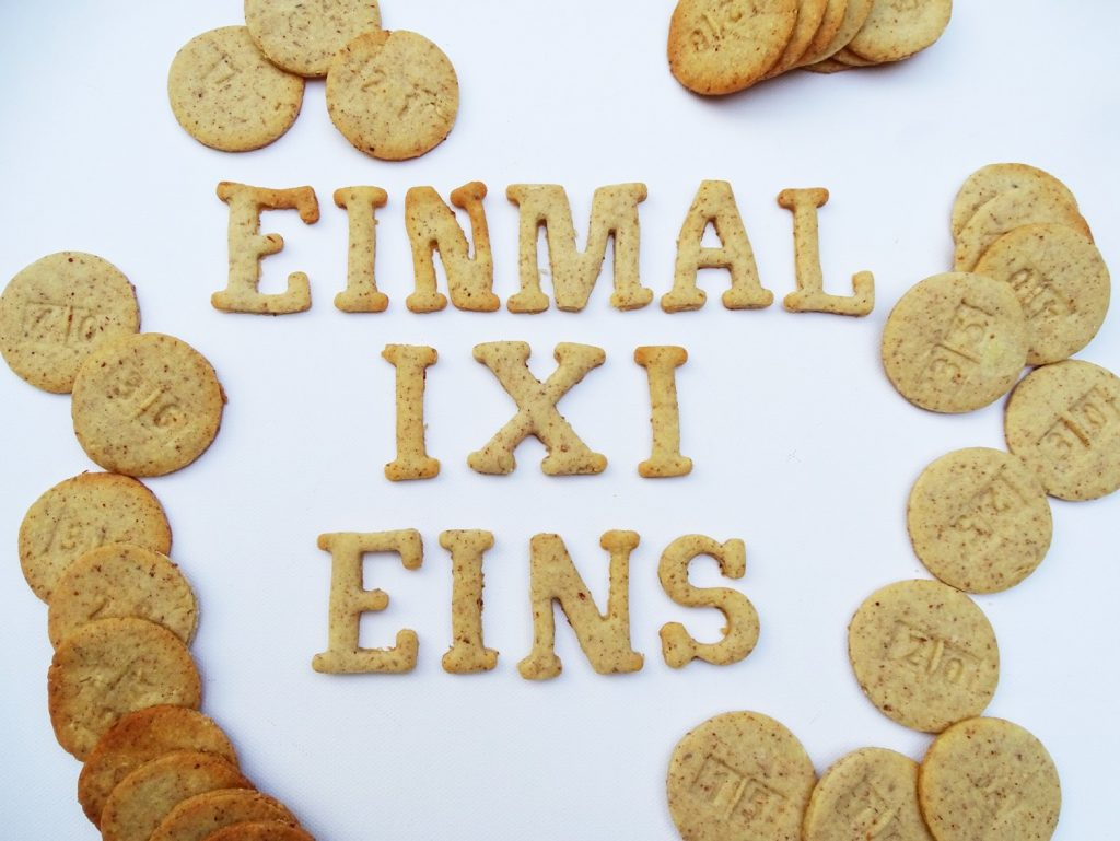 Einmaleins-Spiele: Lernen und naschen mit den 1x1-Keksen