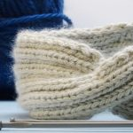 Stirnband mit Knoten stricken