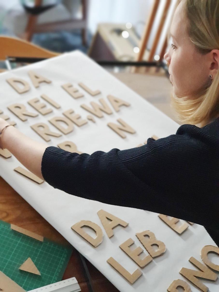 Basteln mit Karton: So vielseitig sind Kartonagen für DIY-Projekte einsetzbar