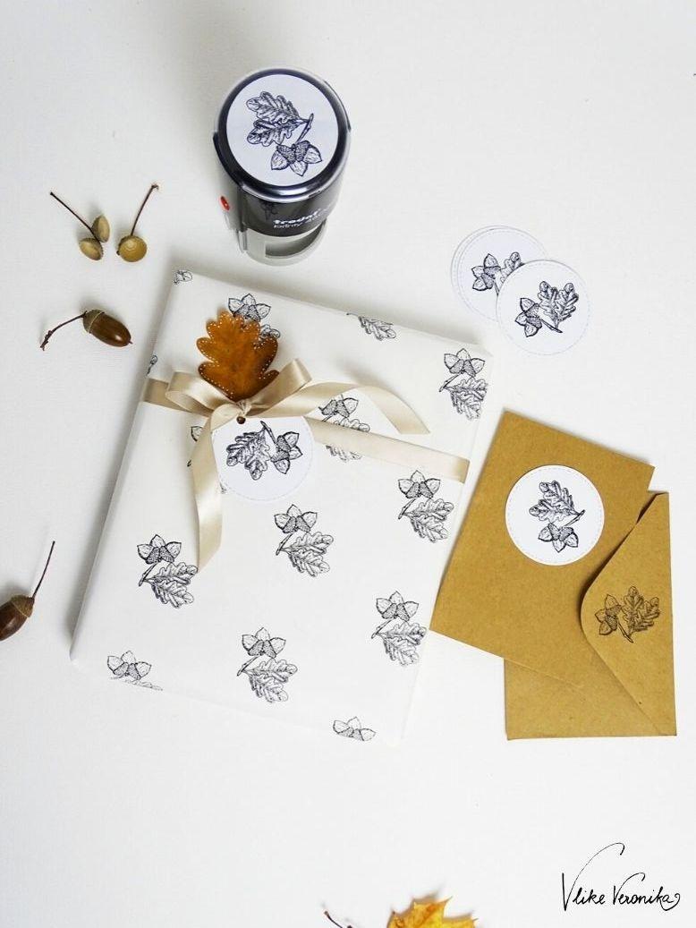 So schön kann Dein gestempeltes Geschenkpapier für den Herbstgeburtstag oder Weihnachtsgeschenke sein.