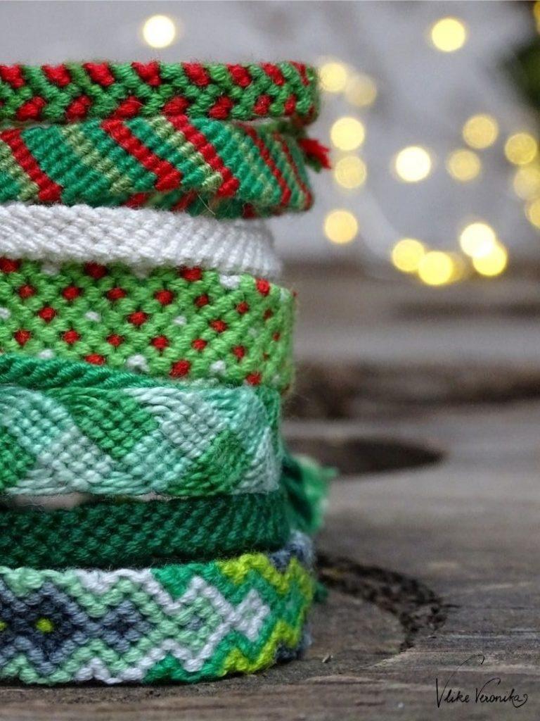 Freundschaftsbänder für Weihnachten zu knüpfen eignet sich für kleine selbst gemachte Geschenke fürs Weihnachtsfest.