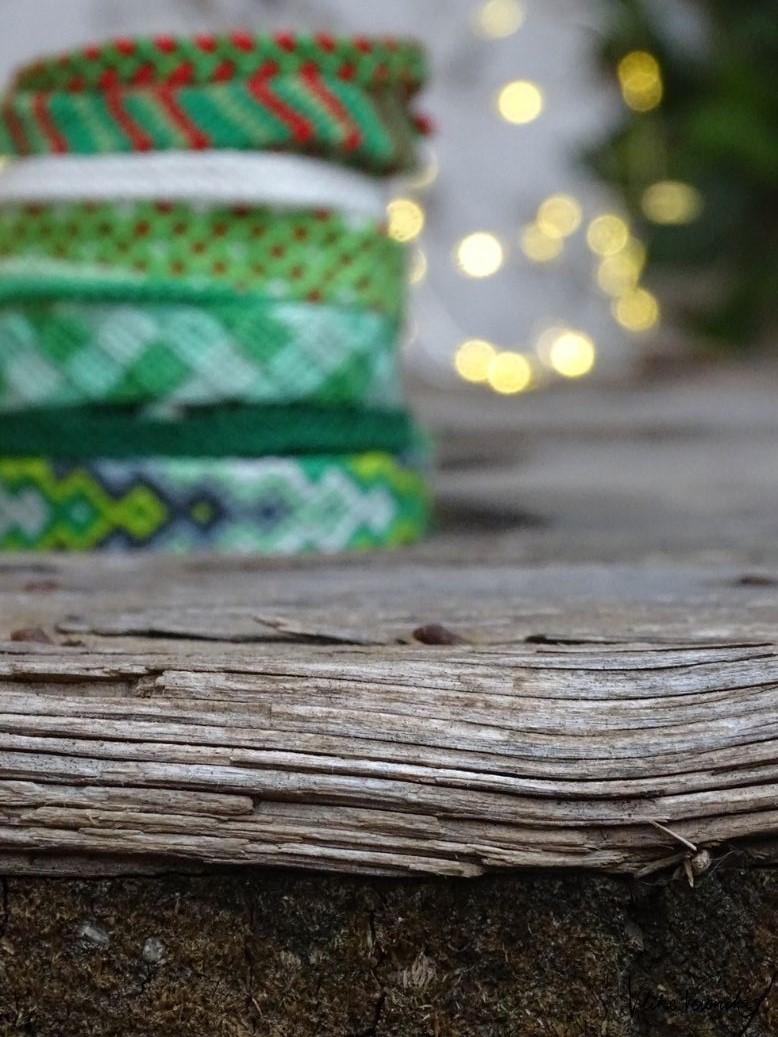 Armbänder für Weihnachten als Mini-Geschenk selber machen.