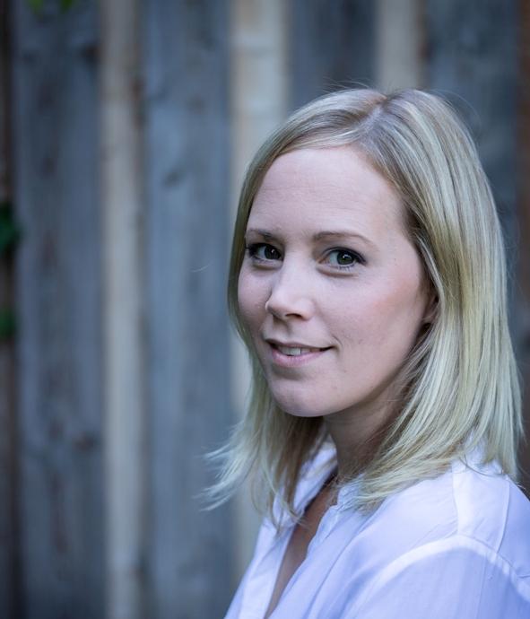 Veronika Fischer ist freie Texterin und Bloggerin aus Wien.